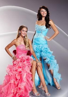 Випускне плаття фото. Мода та стиль 64f91bba6d0da