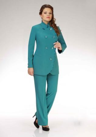 Брючні костюми великих розмірів для повних жінок  8206fba8e4b9d